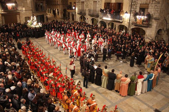 La procesión de los dolores en Besalú